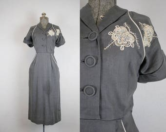 1940's Grey Linen Cocktail Dress with Beaded Detail / Size Medium