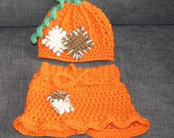 Newborn Crochet Pumpkin Patch Set - Pants or Skirt and Hat, Fall Photo Prop, Costume Halloween, Thanksgiving Photo Prop, Baby Pumpkin Beanie