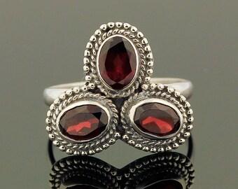 3 Stones Garnet Ring // 925 Sterling Silver // Ring Size 8 // Handmade Jewelry