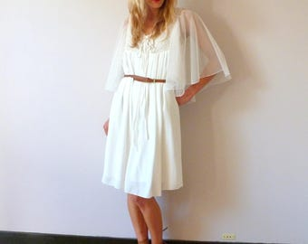 Roamantic and bohemian dress