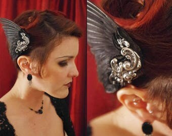 Hair wing black hand-dyed in gilded silver ~ Ethical Taxidermy ~ Greek God / Goddess ~ Wearable Bird Wing ~ Steampunk fascinator hat