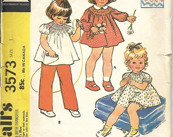 1970's McCall's 2967 Toddlers Dress And Bloomers Or Top And Pants Sewing Pattern, Size 1, Chest 20
