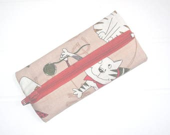 Small purse with cats