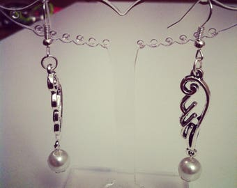 White beads with Angel Wings earrings