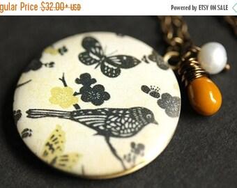 SUMMER SALE Bird Locket Necklace. Mustard Yellow and Black Bird Necklace. Bird Necklace with Glass Teardrop and Pearl. Photo Locket. Bronze