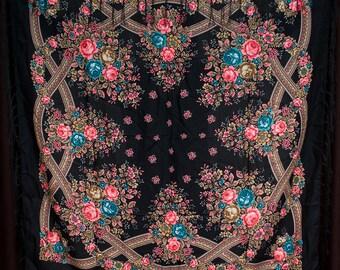 Russian shawl, scarf. Floral black chale russe, Chic Mantón foulard russe hustka. Babushka scarf Fringed Shawls flower scarves, gift for her