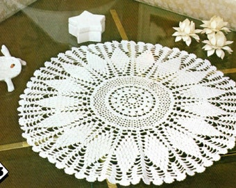 "Vintage Crochet Doily Pattern ""Windmill"" From Magic Crochet No. 17, 56750-4 – F.D.C."