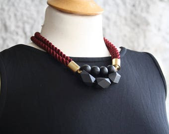 Statement rope necklace, Wood beads necklace, Chunky wood beads necklace, statement bib necklace, Bold necklace, Textile Statement Necklace