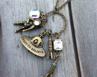 Space Necllace/Outer Space/ Charm Necklace/Astronaut