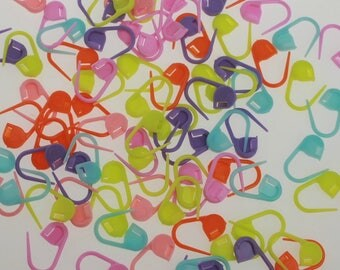 Stitch Markers - Colourful Knitting Markers - 25 or 50 per pack / mixed colours