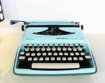Vintage Manual Typewriter Remington Streamliner Sperry Rand Baby Blue color with case  Retro Working Typewriter Home Decor 60s