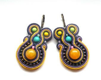 Earrings-soutache-dangle-handmade-embroidered-Ceylon