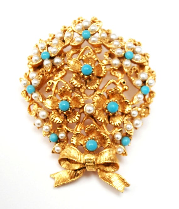 Florenza Pearl Turquoise flower Brooch - blue white  - Gold floral  - bouquet  Pin