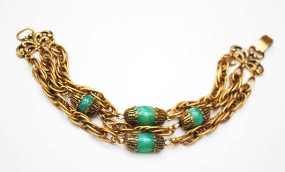 Multi chain Bracelet - Green Art glass - Peking glass - Vintage Triple gold chain