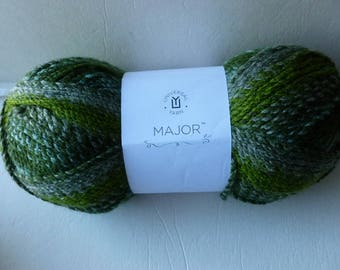 Sale Verdent 101  Major by Universal Yarn