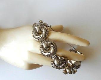 CIJ SALE Vintage Sterling Silver Bracelet Scalloped Link early signed MONET