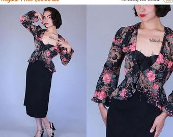 25% OFF 1940s-style Night Garden blouse | vintage 70s does 40s dark floral rayon peplum top | small