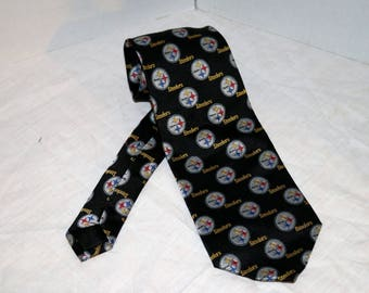 Vintage NFL Tie - Pittsburgh Steelers - Pre-Owned - 100% Silk - Unmarked - Made in Korea
