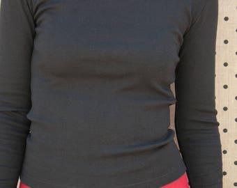 Plain black t-shirt 100% cotton dancer neckline