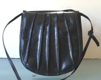 Made in Italy Carson Pirie Scott & Co. Crossbody  Pouch