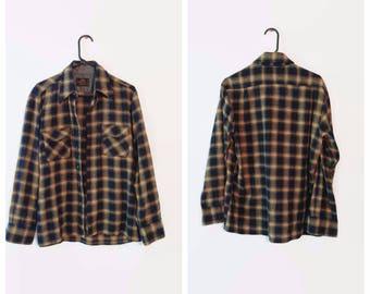 Plaid shirt size Large 1970s Mens