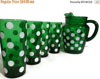 Vintage Pitcher & Tumbler Set by Anchor Hocking, 1950s Fiesta Forest Green Polka Dot Tumblers, Fire King glassware, Set of 4, Retro Kitchen