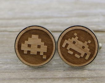 Space Invader Monsters  Laser Cut Bronze Wood Cufflinks - Arcade - Gamer Gift - Unique Groom or Groomsmen Cufflinks - Space Invaders - Geek