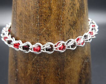 Granet and Red Swarovski Crystal Chainmaille Capture
