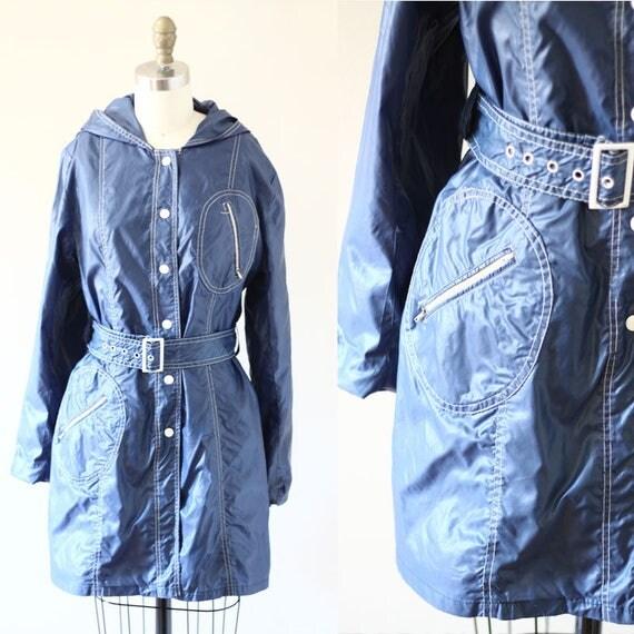 1970s rain coat  // 1970s rain jacket // vintage rain jacket