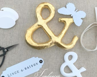 Ampersand wooden decoration and gold foil