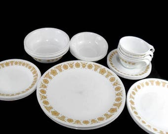 Corelle Dinnerware Set * Butterfly Gold  * Service for 4 * Pyrex Compatible