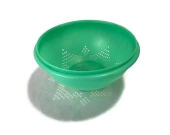 Vintage Tupperware Colander * Jadeite Green Strainer