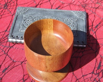 Wooden, Goblet,chalice,altar tool,drinking vessel,cup,wiccan,pagan,coven,hand fasting,ceremonial,sacred,ritual,celtic,handmade,woodturned