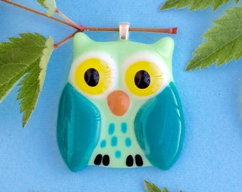 Light-blue green owl pendant, Light-blue owl, glass pendant, owl necklace, owl pendant necklace, glass owl, Fused Art Glass