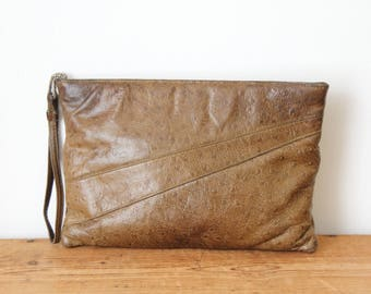 RUTH E. SALTZ Taupe Ostrich Leather Clutch / Taupe Brown Leather Zipper Wristlet / Vintage Handbag 102117-22