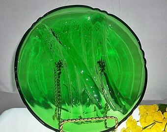 Cambridge Asparagus Plate ~ Emerald Green