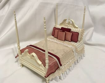"""Dollhouse Miniature 1"""" Scale Ivory Dressed Bed"""