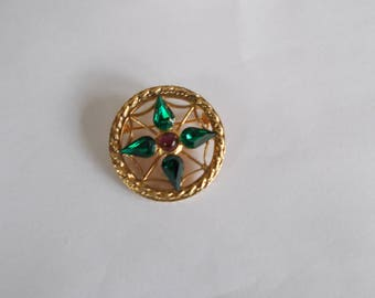 Vintage Small Green glass Rhinestone Circle Brooch // 7