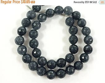 25% OFF 10mm Jade Faceted Round Grey Gemstone Beads Full Strand 14.5 inch strand 38 Beads, Urban Grey - SJA194A