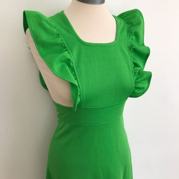 Vintage pinafore kelly green maxi dress A line flared skirt 1970s polyester frilled pinny slim fit UK 8 70s long frock boho hippie Ossie