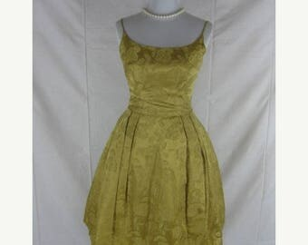 On sale Vtg 50s 60s Gold Brocade Womens Vintage Full SKirt Party Dress W 25