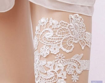 Elegant White Lace garter set