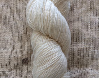 100 % Wool - Hand Spun Natural Color