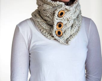 Cable Knit Cowl Knitting Pattern - FRIENDSHIP - a set of instructions to knit the cowl