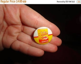 50% OFF Vintage 1950s Loka koffie pinback 1 inch by 1 inch