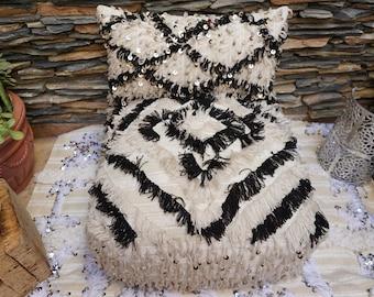 25% Sale - Beni Ourain Inspired Wedding Blanket Handira Vintage Ottoman Pouf Floor Pillow & Pillow Cover 03YL0429/0351