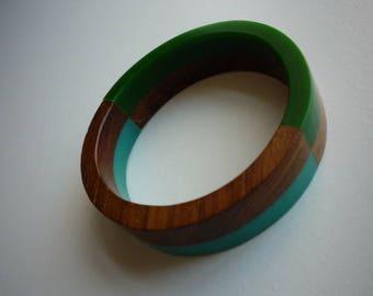 Vintage 3 Tone Lucite Turquoise Green Wood Grain Bangle Bracelet