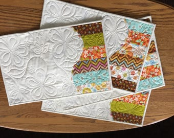 Modern Placemats, Quilted Place Mats, Fall Table Toppers, Quilted Placemats, Fall Placemats, Quilted Table Topper, Handmade Quilts, Set of 2