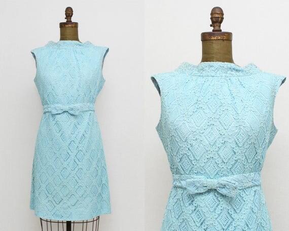 Vintage 1960s Blue Lace Shift Dress - Size Large