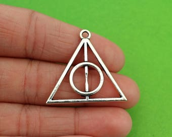 5 Silver Deathly Hallows Charms (CH042-5)